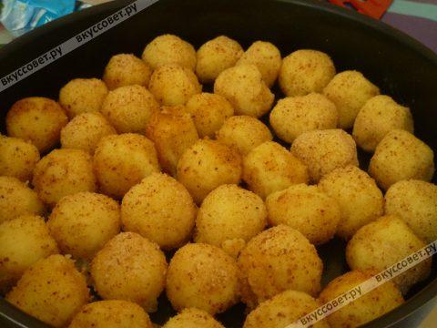 Сырные шарики печеные