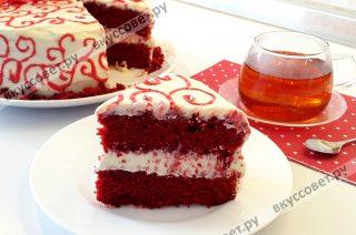 Перед подачей, торт должен настоятся несколько часов в холодильнике