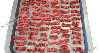 Сушить помидоры 6-12 часов при температуре от 50 до 90 гр