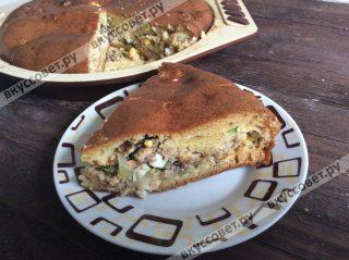 Этот пирог отличное решение к обеду - и гарнир, и к чаю отлично подойдет