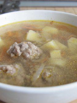 Суп с фрикадельками: Это мой самый любимый супчик, он очень просто и быстро готовится, но очень вкусный и сытный. Фрикадельки...