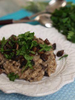 Ризотто с грибами: Всегда хотелось приготовить настоящее итальянское блюдо - ризотто. Замечательное сочетание круглого риса...