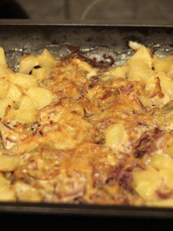 Щука запеченная с картофелем: Щука - это пресноводная рыба, которая может прожить до 30 лет, конечно если ее не поймают:) Некоторые...