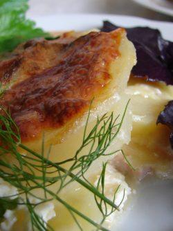 Гратен с картофелем: Гратен - это способ приготовления блюда с аппетитной корочкой. Это может быть и десерт, рыбный гратен...