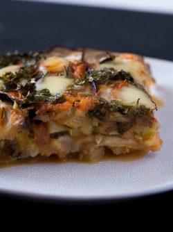 Лазанья из баклажанов: Лазанья - это итальянское блюдо, которое делается из теста для лазаньи и мясного фарша, либо овощной...