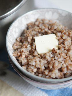 Салат из творога с гречкой в мультиварке, пошаговый рецепт с фото