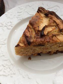 Шведский яблочный пирог: Рецептов яблочных пирогов очень много и сегодня приготовим один из самых лучших. Замечательное сочетание...