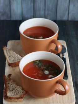 Томатный суп с базиликом: Быстрый легкий суп, не требующий особых усилий и кулинарных навыков. Зато эффектный, некалорийный и очень...