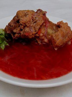 Борщ с бараниной: Домашний суп, приготовленный с любовью, - это всегда вкусно! А в выходной день вся семья собирается к...