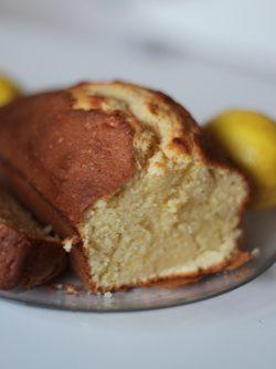 Лимонный кекс: Кексы очень вкусная выпечка, замечательное дополнение к чаю:) Сегодня готовим лимонный кекс, или кекс...