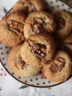 Печенье Сникерс: Хотелось поделиться с вами моим самым любимым рецептом печенья, это большой секрет. Готовлю их очень...